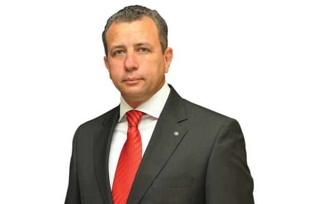 Gouverneur Jean Bamanisa