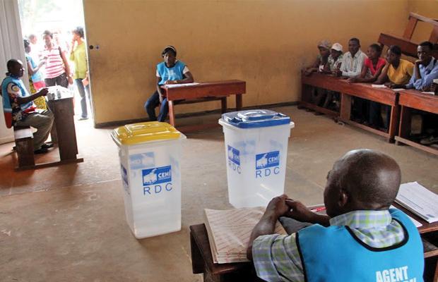 Un bureau de vote lors des scrutins de novembre 2011, (photo tiers)
