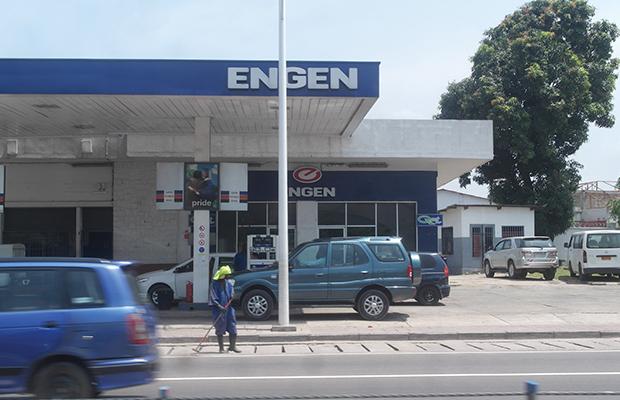 Une station d'essence dans la ville de Kinshasa