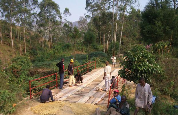 Un des ponts réhabilités par l'Office des routes en province