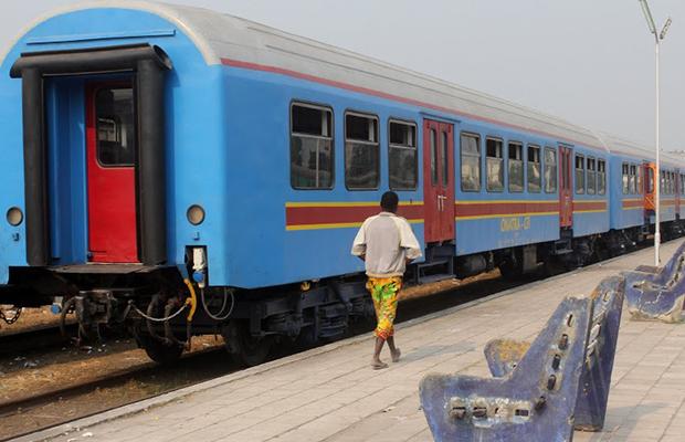 Des vagons de train, à la Gare centrale de Kinshasa.