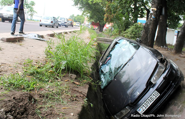 Un accident de circulation sur l'avenue Kasa Vubu dans la commune de Bandalungwa. (Radio Okapi)