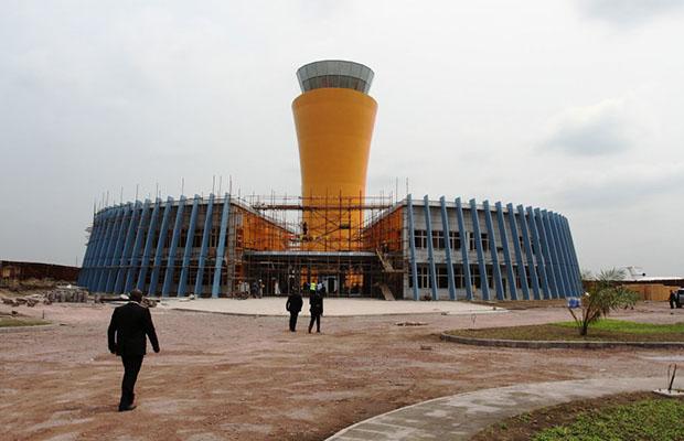 La Tour de contrôle en construction à l'aérogare modulaire de N'Djili. (Photo DR)