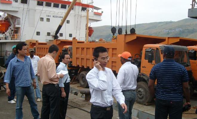 Activité au port de Matadi, dans le Bas-Congo.