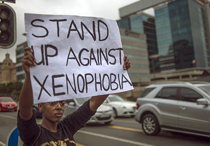 feature__0011_12_01 – Idées et débats, Migrations irregulières_Des rêves économiques communs pour lutter contre la xénop