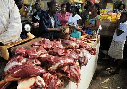 feature__0001_viande-rouge-boeuf-vache-mouton-animal-betail-boucher-abattoire-marche